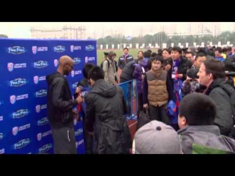 Football: Anelka in talks to leave Shanghai