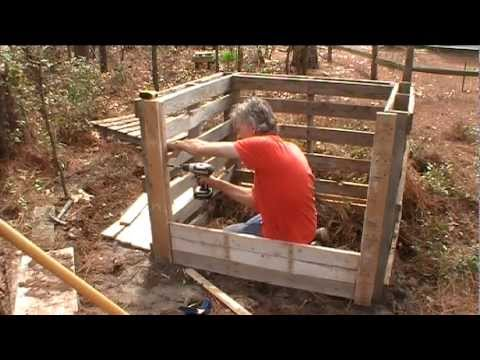 Compost Bin From Pallets