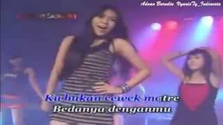 DANGDUT KOPLO HOT VIA VALLEN   PILIH DIA HOUSE DISCO PLO