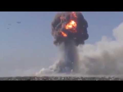 Amazing 3 Large UFO watching Syrian WAR New video