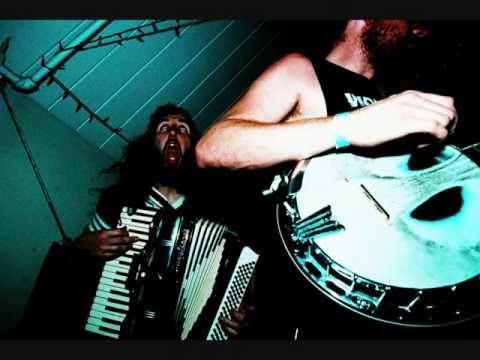 Blackbird Raum - Everyone Up To The Wall