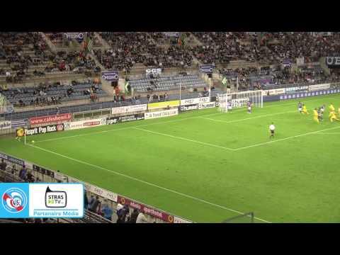 Résumé de la victoire du RC Strasbourg Alsace face à Epinal (1-0), vendredi 15 août, au Stade de la Meinau (2e journée de National). En savoir plus : www.rcs...