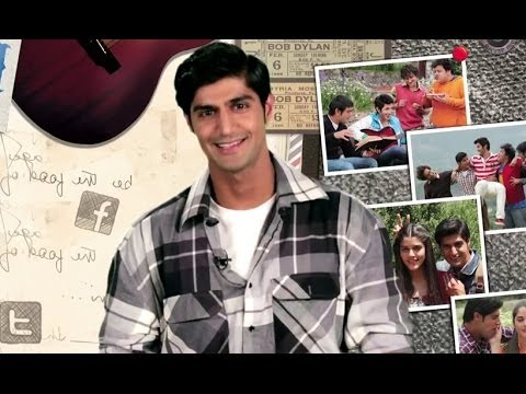 Sid Invites You To Join The 'Purani Jeans' Team On Facebook