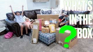 OPENING A GIANT MYSTERY BOX THAT CAME IN THE MAIL | DON'T OPEN THE WRONG BOX! WHAT'S IN THE BOX?!