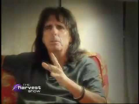 Surprise! Alice Cooper is a Christian