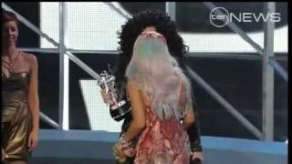 Cher - MTV Video Music Awards 2010 (12.09.2010)
