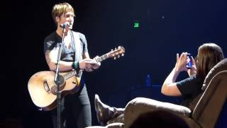 "Keith Urban Video - ""Come Back To Me"" - Keith Urban in Nashville 2/1/14"