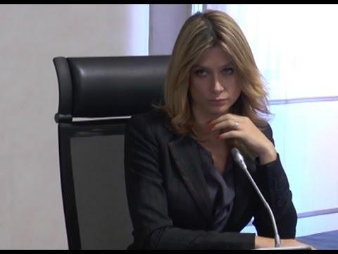 """Napoli – Maddalena Corvaglia presenta """"Le Note degli Angeli"""" (16.12.13)"""