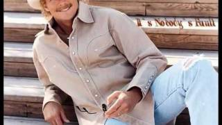 Watch Alan Jackson Margaritaville video