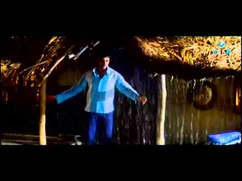 Seethakoka Chiluka Movie - Navdeep Romantic Scene
