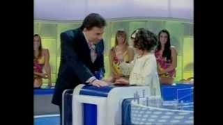 Maisa fala inglês com Silvio Santos