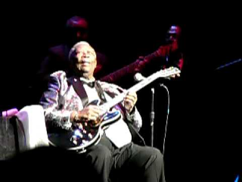 BB King Plays