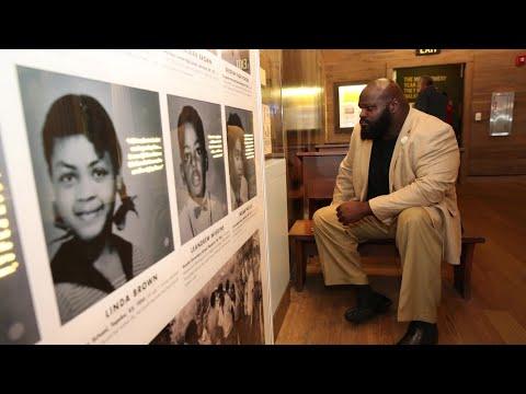 Raw Superstars visit the National Civil Rights Museum: Raw, Jan. 15, 2018 thumbnail