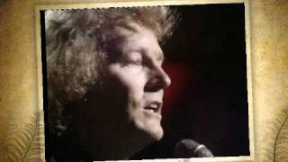 Watch Gordon Lightfoot Pussywillows, Cattails video