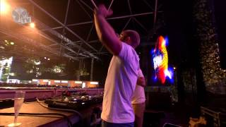 Tomorrowland 2013 - Showtek