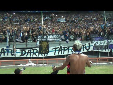 Viking Hibur Bonek dengan Nyanyikan Chant ini di Akhir laga | Persebaya 3 - 4 Persib GBT Surabaya