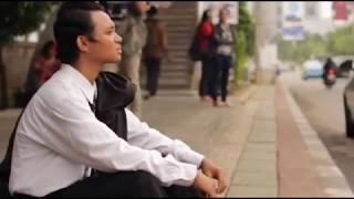 Download lagu Iwan Fals - Sarjana Muda (Cover Video Clip) gratis