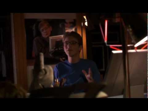 Joan de Arcadia 1x01 Omnisciencia