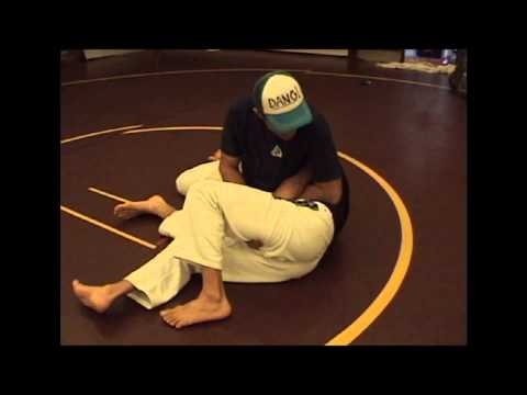 KakutoChallenge.com Technique of the Week w/ Rener Gracie