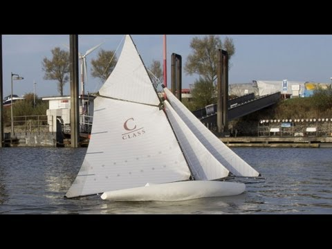 Stylish: Classic model yacht -- maiden voyage and tank ...