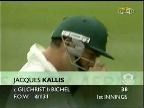 Ripped off by umpires, Jacques Kallis gets a SHOCKER