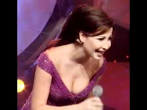 جديد : فضيحة ظهور صدر نانسي عجرم مقابلة تلفز�