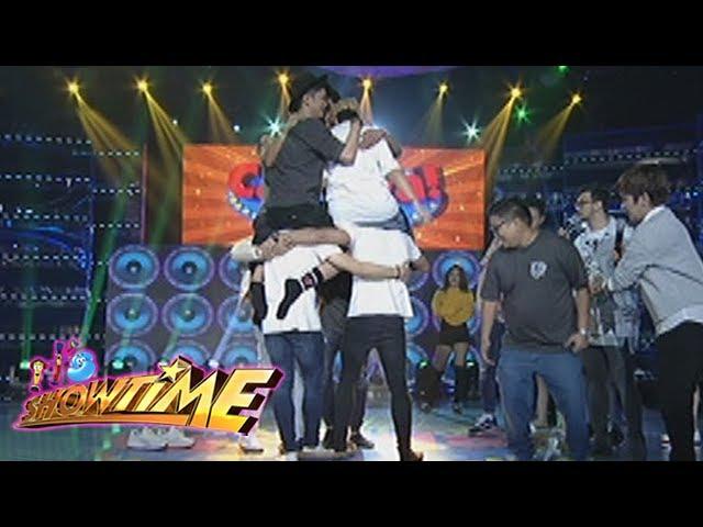 It's Showtime: Team Vice over a 'bilao'