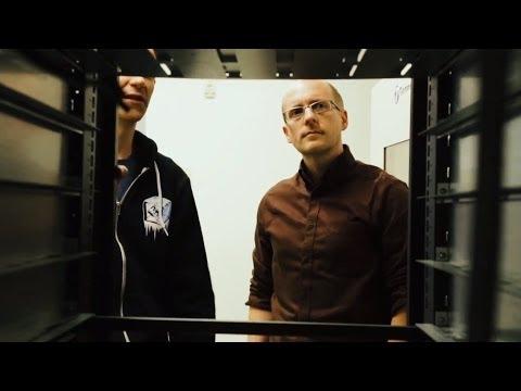 Facebook's Hardware Director Gets His Hands Dirty | Inside Jobs