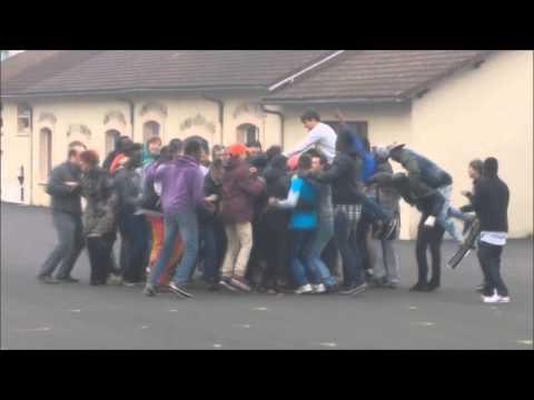 flash mob fraternité Lycée Martin Nadaud