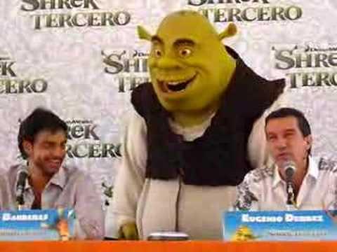 Antonio Banderas y Eugenio Derbez (Shrek Tercero)