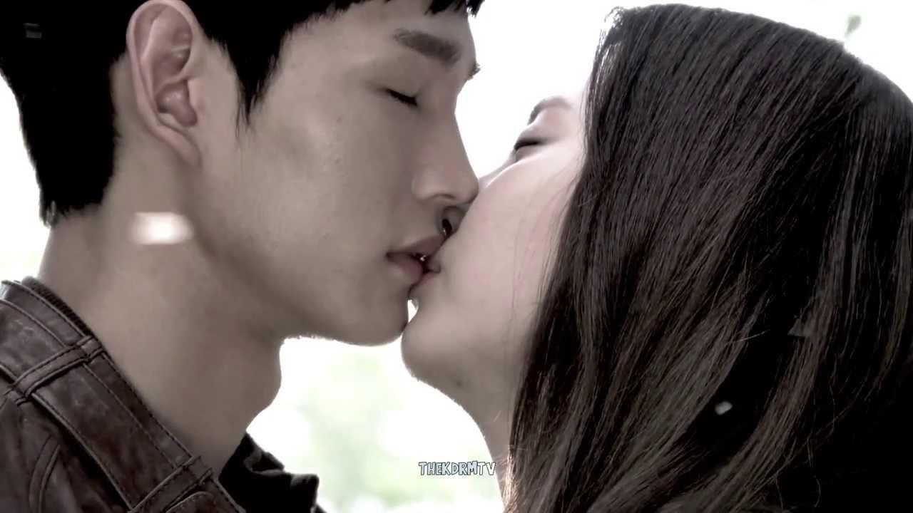Yoona Kiss Scene Snsd Kissing Scenes