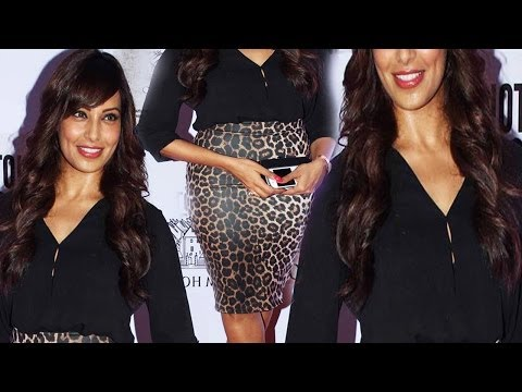 Black Beauty Bipasha Basu Sexy Curvy Figure In Black Outfit video