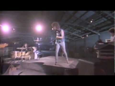 Billy Squier - Love Is The Hero
