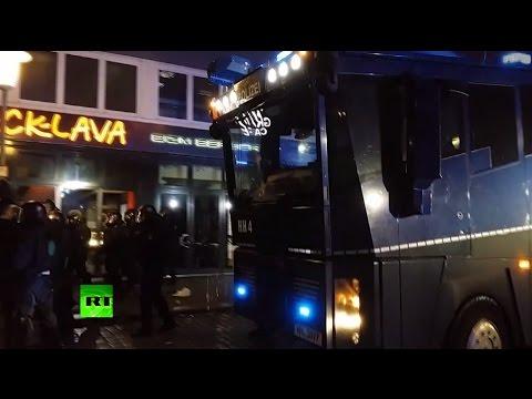 Kurds vs pro-ISIS radicals: Hamburg clashes spark massive police presence