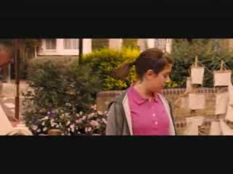 Angus, Thongs and Perfect Snogging - Part 2/10