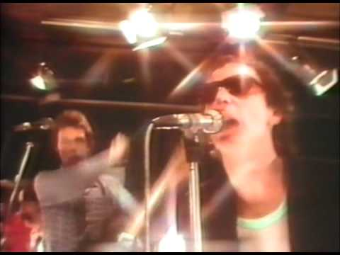 Graham Parker - Hey Lord Don't Ask Me Questions
