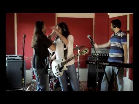 Carnivoros - Probando suerte Video clip Oficial (2011)