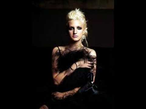 Ashlee Simpson - Beautifully Broken