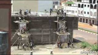 INCREDIBLE - African Construction Workers 1