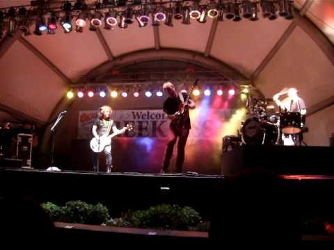 Kalamazoo Greek Fest 2010 Brad Gillis Solo -Night Ranger Concert