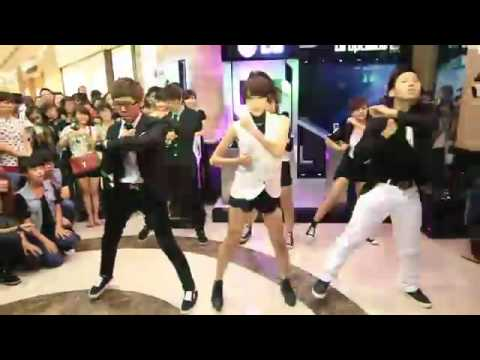 Chi Pu - Emily So Tài Dance Cover Sexsy Free And Single & Mr Simple. T&t video