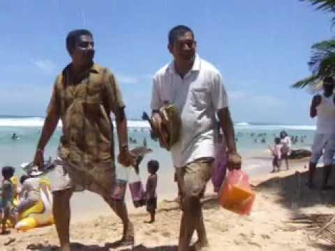 Sun & Fun @ Unawatuna Beach - Sri Lanka