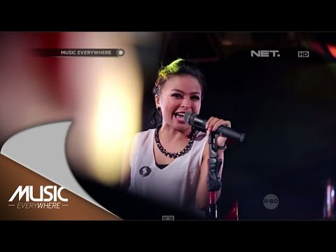 Kotak - Tendangan Dari Langit - Music Everywhere video