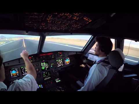 Lanzarote GCRR Cockpit view landing rwy 03 in dusk