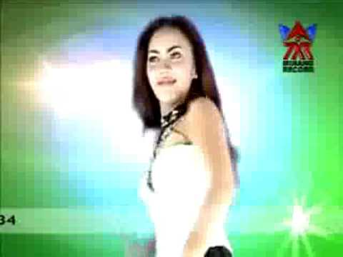 Sms - Ria Amelia (with English Subtitle) - Dangdut video