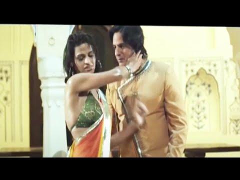 Bas Ek Sanam Chahiye Ashiqui Ke Liye By Rahul Roy Most Hot Romantic...