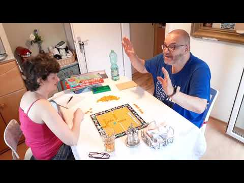 DJ Hadley und Frau machen JEDEN ABEND eine Runde Spiele   Ich gewinne fast immer! Naja, fast immer!