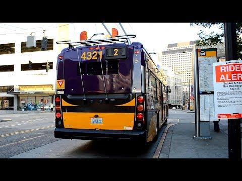 King County Metro 2015 New Flyer XT40