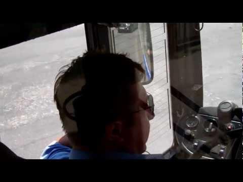 Șofer-telefonist pe ruta 28 de troleibuz