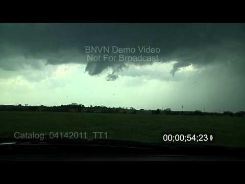4/14/2011 Tornado footage near Hominy, OK